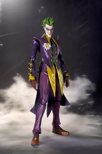 S.H.Figuarts DC Comics Injustice Joker Action Figure Bandai